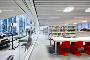 imatge d'una biblioteca decorada amb els mobles de mobles 114