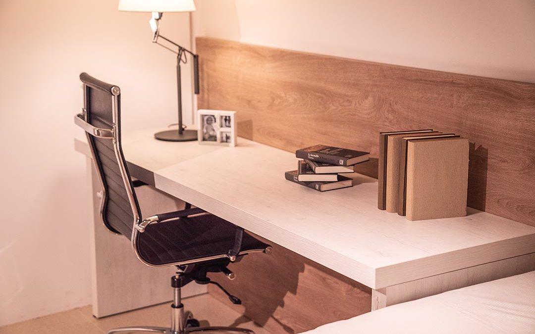 Confinamiento y teletrabajo: muebles para completar tu despacho