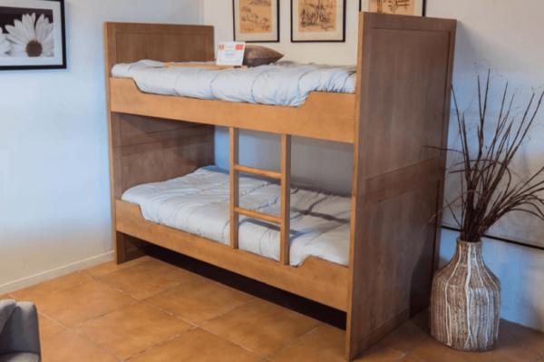 Llitera juvenil de fusta | Mobles Güell