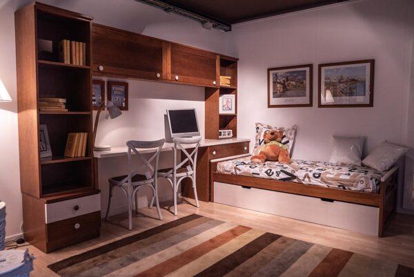 Habitació juvenil de fusta massissa | Mobles Güell